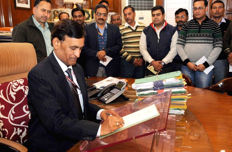 L.C. Goyal taking charge as the Home Secretary, in New Delhi on Feb 5, 2015.