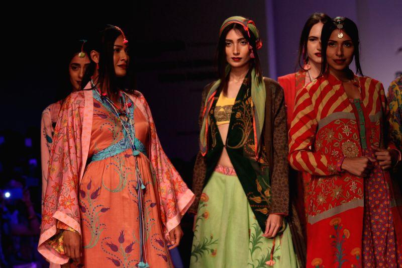 Models showcases fashion designer Anupama Dayal`s creations during Amazon India Fashion Week in New Delhi, on March 27, 2015.