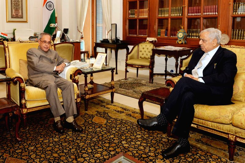 Mufti Mohammad Sayeed, Chief Minister of Jammu & Kashmir, calling on President Pranab Mukherjee at Rashtrapati Bhavan on March 28, 2015.