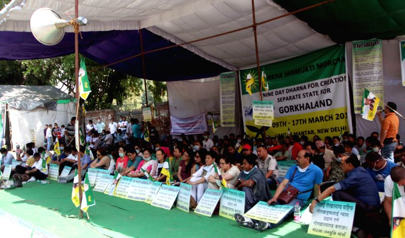 New Delhi: Gorkha Janmukti Morcha activists stage a demonstration to press for their demands of a separate Gorkhaland state, at Jantar Mantar in New Delhi, on March 12, 2015.