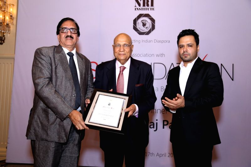 NRI industrialist Lord Swraj Paul (C) during a programme organised by NRI Institute and JMS Foundation, on April 17, 2015.
