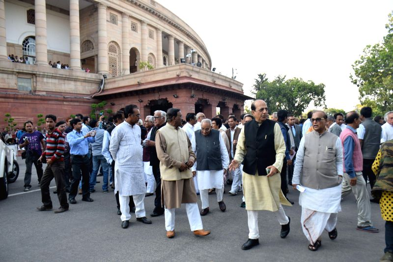 Parliamentarians participate in a march to the Rashtrapati Bhawan to protest against the controversial land acquisition bill in New Delhi, on March 17, 2015. Leaders and MPs of 10 ... - Sonia Gandhi