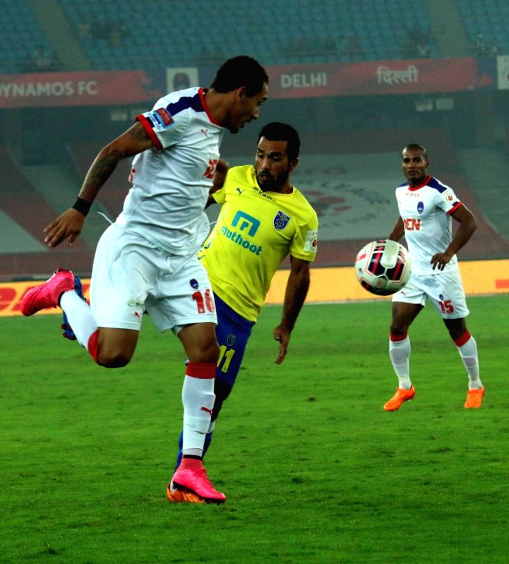 : New Delhi: Players in action during an ISL match between Delhi Dynamos FC and  NorthEast United FC in New Delhi, on Dec 3, 2015. (Photo: IANS). - Sehnaj Singh