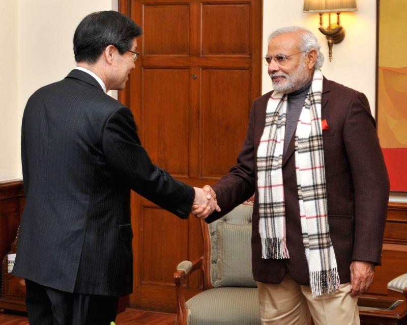POSCO CEO Kwon Oh-Joon calls on Prime Minister Narendra Modi, in New Delhi on Jan 20, 2015. - Narendra Modi