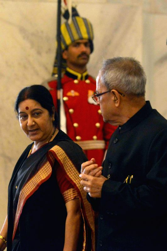 President Pranab Mukherjee with External Affairs Minister Sushma Swaraj during a programme organised to interact with the delegates of Sixth Annual Heads of Mission Conference, at ... - Sushma Swaraj and Pranab Mukherjee