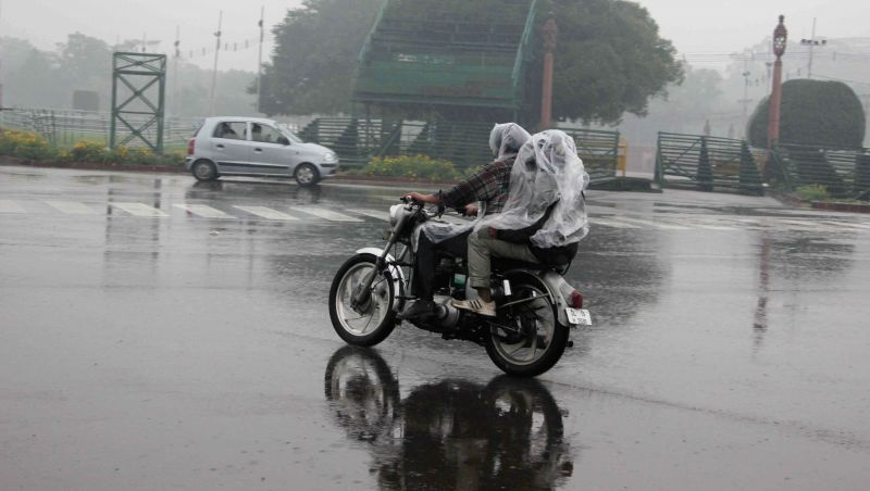 Rains lash New Delhi, on March 15, 2015.