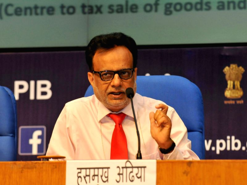 New Delhi: Secretary, Revenue, Dr. Hasmukh Adhia addresses at a GST Conclave in New Delhi on April 25, 2017.