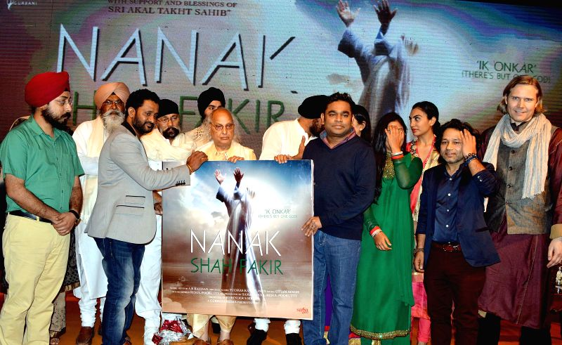 Singer composer A R.Rhaman, Indian classical vocalist Pandit Jasraj, singer Kalish Kher and others at the launch of the album `Nanak Shah Fakir` in New Delhi, on April 7, 2015. - Kalish Kher