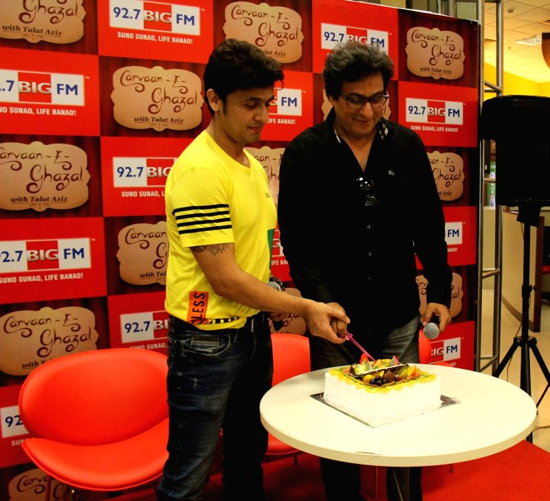Singers Sonu Nigam and Talat Aziz during a programme at the office of BIG FM on May 27, 2015.