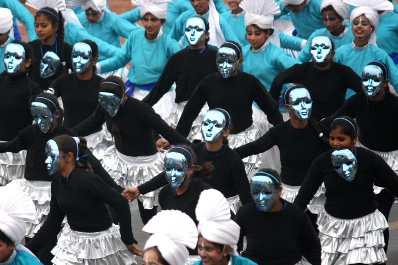 Students participate in the Republic Day parade at Rajpath in New Delhi, on Jan 26, 2015.