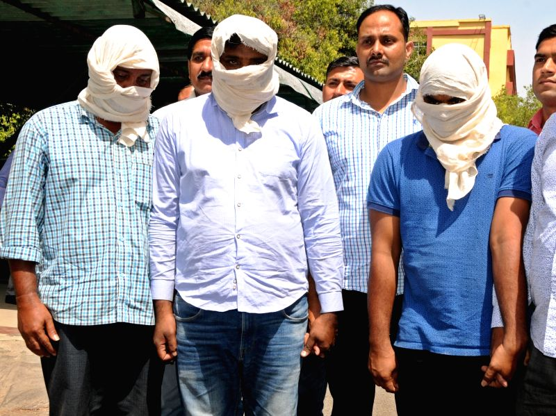 New Delhi: The crime branch of Delhi Police arrested three persons in connection with a fake Indian Territorial Army recruitment racket, in New Delhi on April 15, 2019. (Photo: IANS)