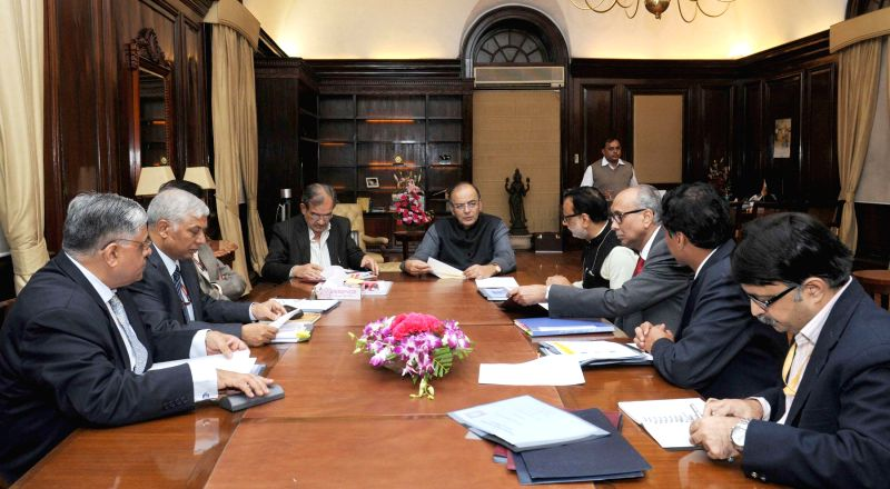 The Union Minister for Finance, Corporate Affairs, and Information and Broadcasting, Arun Jaitley meets the mission officers of PMJDY, in New Delhi on Nov 26, 2014.