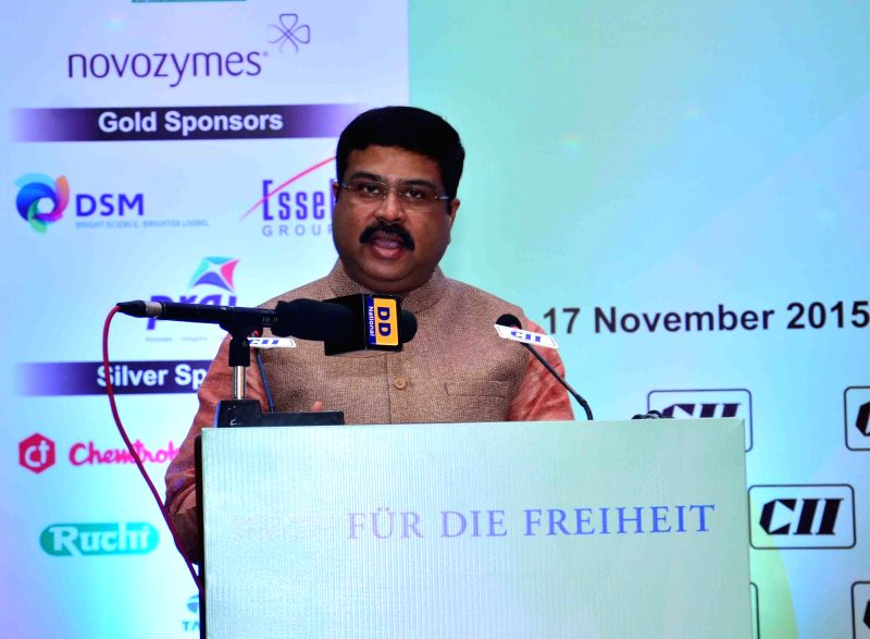 : New Delhi: The Union Minister of State for Petroleum and Natural Gas (Independent Charge) Dharmendra Pradhan addresses at the inauguration of the 'Bio-Energy Summit 2015', on the theme ... - Dharmendra Pradhan