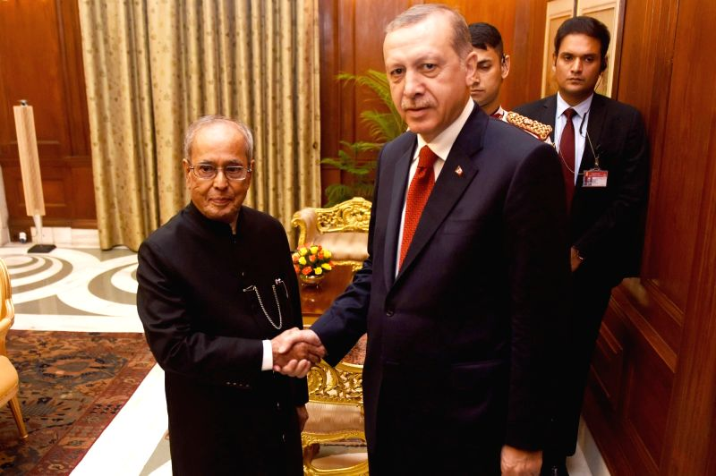 New Delhi: Turkish President Recep Tayyip Erdogan meets the President Pranab Mukherjee at Rashtrapati Bhavan in New Delhi on May 1, 2017. - Pranab Mukherjee