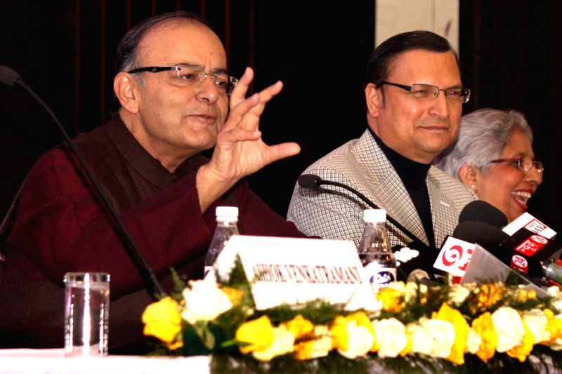 Union Minister for Finance, Corporate Affairs, and Information and Broadcasting Arun Jaitley addresses during the 1st Justice J. S. Verma Memorial lecture on `Freedom and Responsibility of - Arun Jaitley and Rajat Sharma