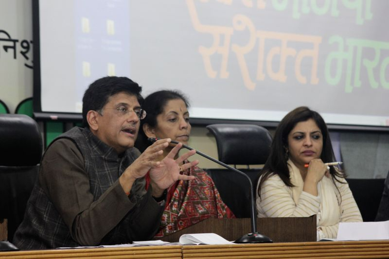 Union Minister of State (Independent Charge) for Power, Coal and New and Renewable Energy Piyush Goyal, Minister of State for Commerce and Industry (Independent Charge), Nirmala Sitharaman