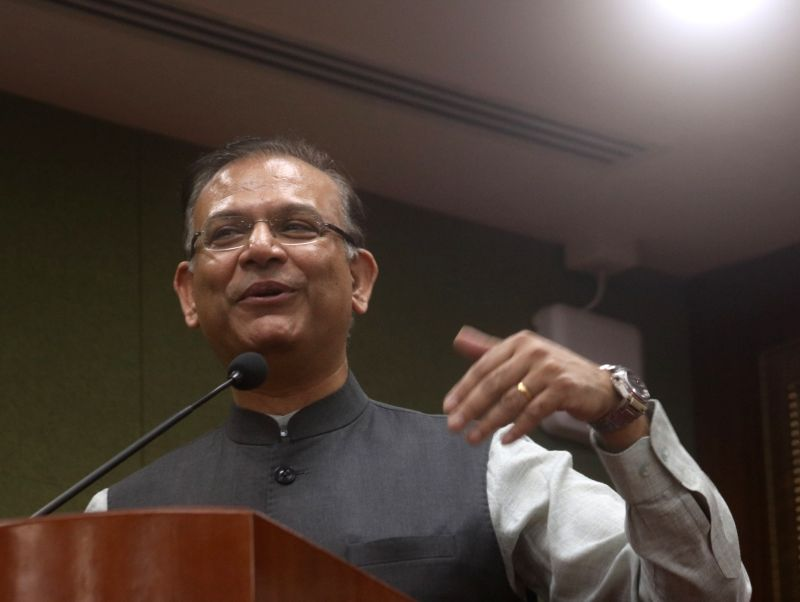 New Delhi: Union MoS Civil Aviation Jayant Sinha addresses at the launch of a coffee table book and Economic impact report on Indira Gandhi International Airport in New Delhi, on Oct 30, 2018.