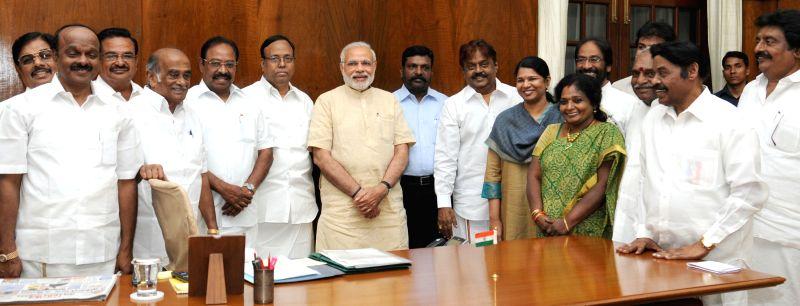 Vijayakanth with DMDK delegation calls on the Prime Minister Narendra Modi, in New Delhi on April 27, 2015. - Narendra Modi