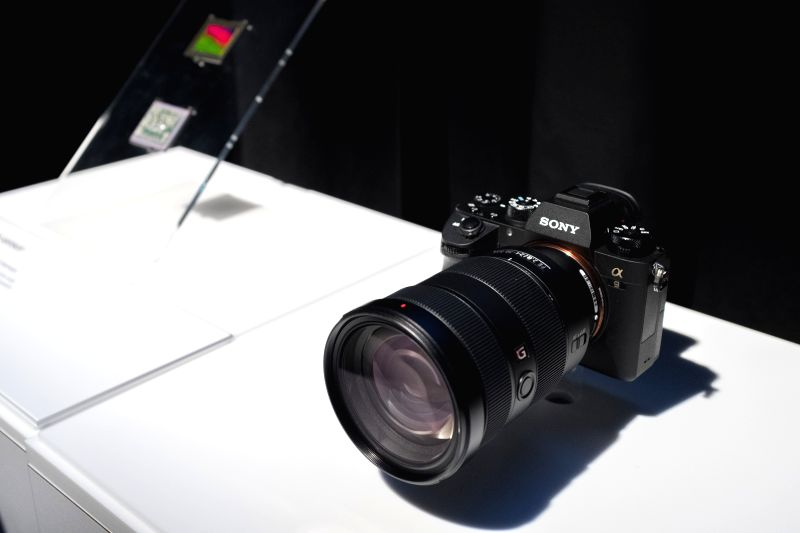 NEW YORK, April 19, 2017 - Photo taken on April 19, 2017 shows a Sony A9 full-frame mirrorless camera in New York, the United States. Sony announced its most advanced full-frame mirrorless camera A9 ...