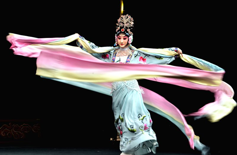 "Actress Dou Xiaoxuan performs Peking Opera ""The Goddess of Heaven Scatters Flowers"" during a preview for media at Lincoln Center in New York City, the ... - Dou Xiaoxuan"