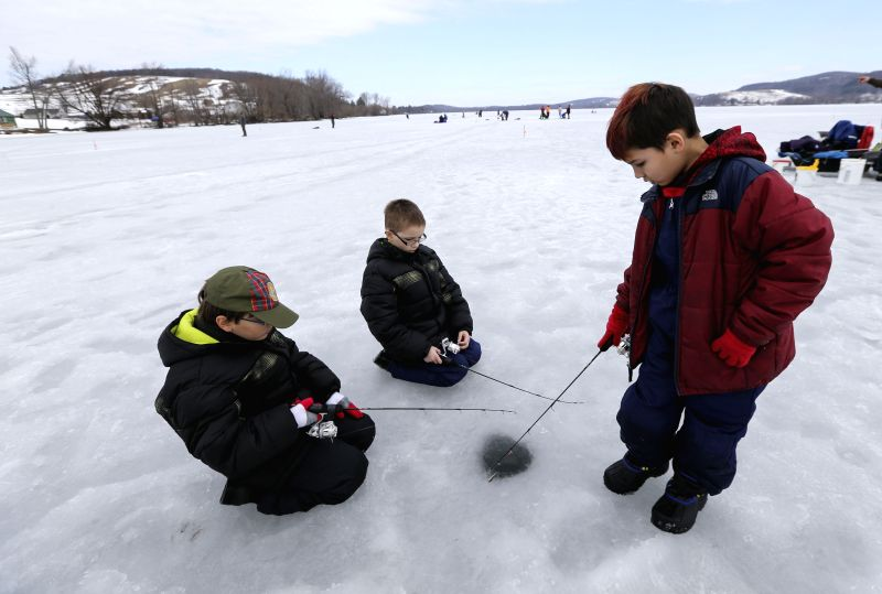 U s otsego ice fishing for Ice fishing ny