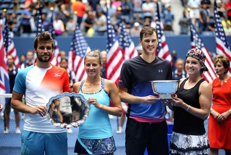 Jamie Murray and Bethanie Mattek-Sands win mixed doubles crown