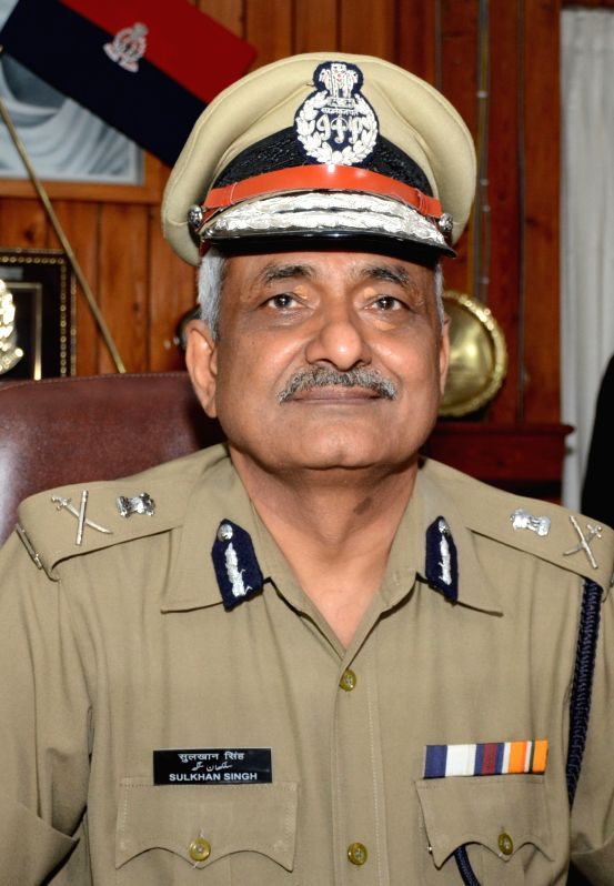 Newly appointed Uttar Pradesh DGP Sulkhan Singh assumes charge at Police Bhavan in Lucknow on April 22, 2017. - Sulkhan Singh