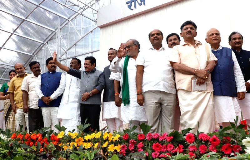 Newly sworn-in Karnataka Cabinet Ministers at Raj Bhavan, in Bengaluru on June 6, 2018. Among the Congress ministers were R.V. Deshpande, D.K. Shivakumar, K.J. George, Krishna Byre Gowda, ... - Shankar Reddy, Zameer Ahmed Khan, Shivanand Patil, Rajsekhar Basavaraj Patil and Puttaranga Shetty
