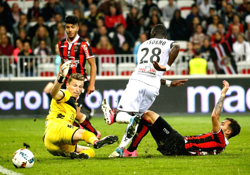 NICE, May 15, 2017 - Anastasios Donis (R) of OGC Nice tries to shoot during a French Ligue 1 match against SCO Angers in Nice, France on May 14, 2017. OGC Nice lose 0-2 at home.