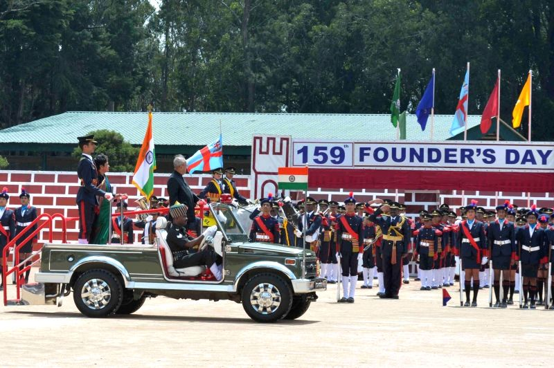 Nilgiris: President Pranab Mukherjee during 159th Founder Day celebrations of Lawrence School at The Nilgiris in Tamil Nadu on May 23, 2017. - Pranab Mukherjee
