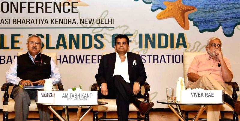 NITI Aayog CEO Amitabh Kant with other dignitaries at the inauguration of an Investors' Conference for the Holistic Development of Islands, hosted by the NITI Aayog, in New Delhi, on Aug ...