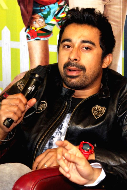 Actor Rannvijay Singh during a press conference to promote his upcoming film`Sharafat Gayi Tel Lene` in Noida, on Jan 7, 2015. - Rannvijay Singh