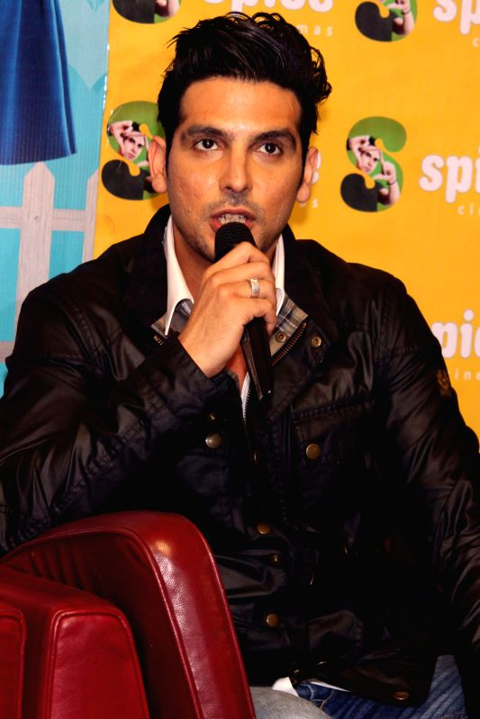 Actor Zayed Khan during a press conference to promote his upcoming film`Sharafat Gayi Tel Lene` in Noida, on Jan 7,2015. - Zayed Khan