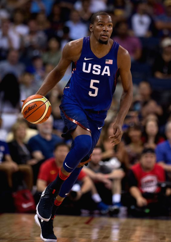 OAKLAND, July 27, 2016 - Kevin Durant of the USA controls the ball during a friendly match against China at the Oracle Arena in Oakland, California, the United States, July 26, 2016.