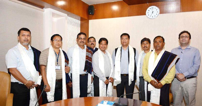 Officials of the hydro corporation led by CMD NEEPCO AG West Kharkongor calls on Arunachal Pradesh Chief Minister Pema Khandu in Itanagar, Arunachal Pradesh on May 12, 2017. - Pema Khandu