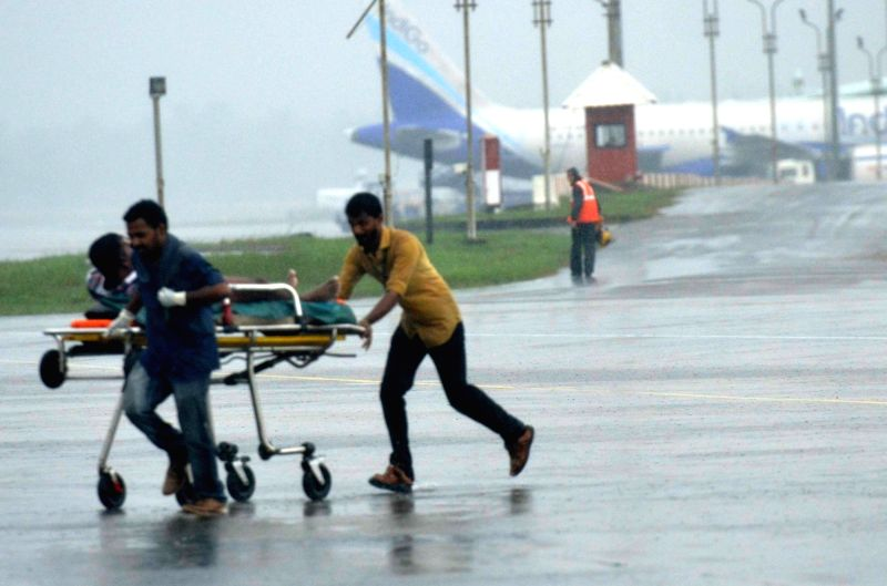 Cyclone Ockhi: Navy, Coast Guard save 33 Kerala fishermen