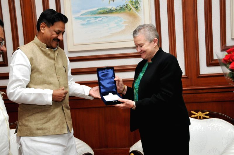 Outgoing US Ambassador to India, Nancy Powell during a meeting with Maharashtra Chief Minister Prithviraj Chavan in Mumbai on May 6, 2014.