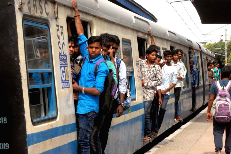 Overcrowded Hyderabad Multi-Modal Transport System (MMTS) after All India Coordination Committee of Road Transport Workers' Organisations call strike against Motor Vehicles (Amendment) ...