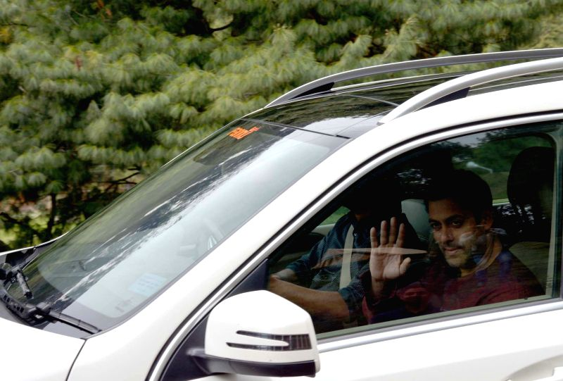 Actor Salman Khan visits Pahalgam in Jammu and Kashmir's Anantnag district for shooting of his upcoming film`Bajrangi Bhaijaan`  on April 19, 2015. - Salman Khan