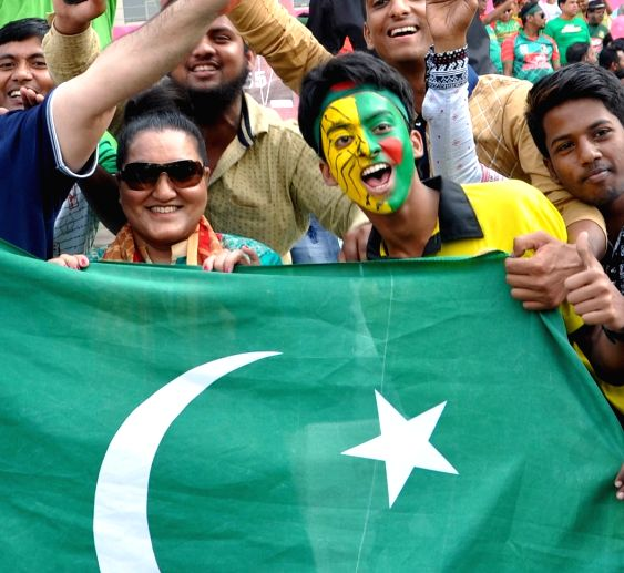 Kolkata: Pakistan fans at the Eden Gardens ahead of a WT20 match between Pakistan and Bangladesh in Kolkata, on March 16, 2016.