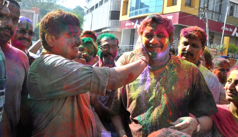 Union Defence Minister Manohar Parrikar celebrates Holi in Panaji on March 6, 2015.