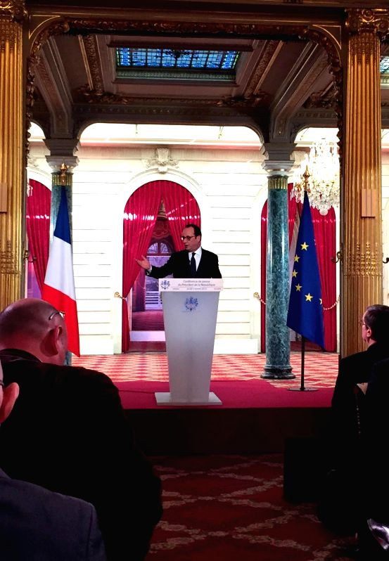 French President Francois Hollande speaks during a press conference at the Elysee Palace in Paris, France, Feb. 5, 2015. French President Francois Hollande and German