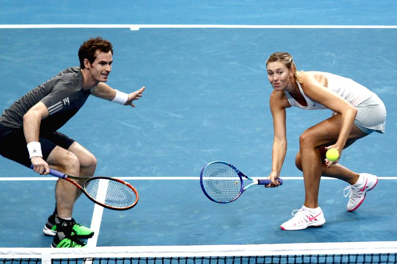 Pasay City (Philippines): Manila Mavericks players Maria Sharapova (R) of Russia and Andy Murray of Britain compete against United Arab Emirates (UAE) Royals players Kristina Mladenovic of France and