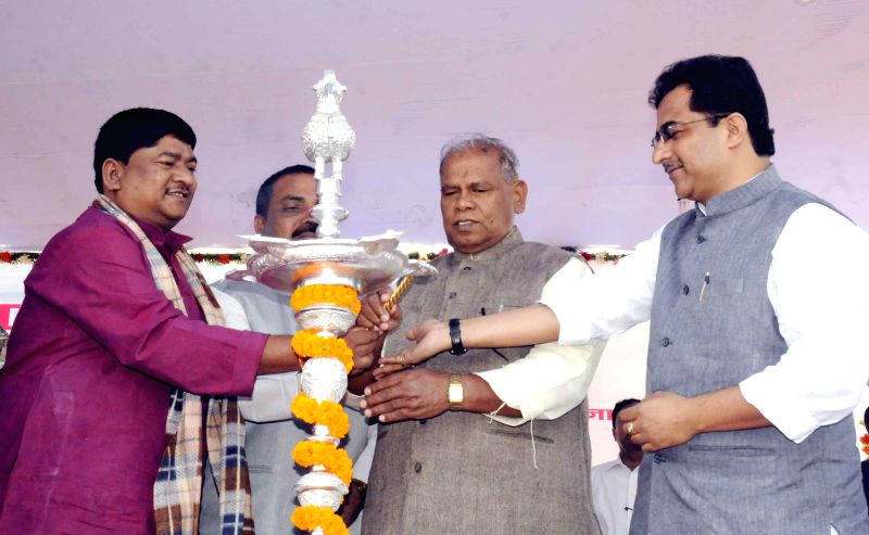 Bihar Chief Minister Jitan Ram Majhi addresses during a inauguration of a workshop in Patna on Nov 18, 2014. - Jitan Ram Majhi