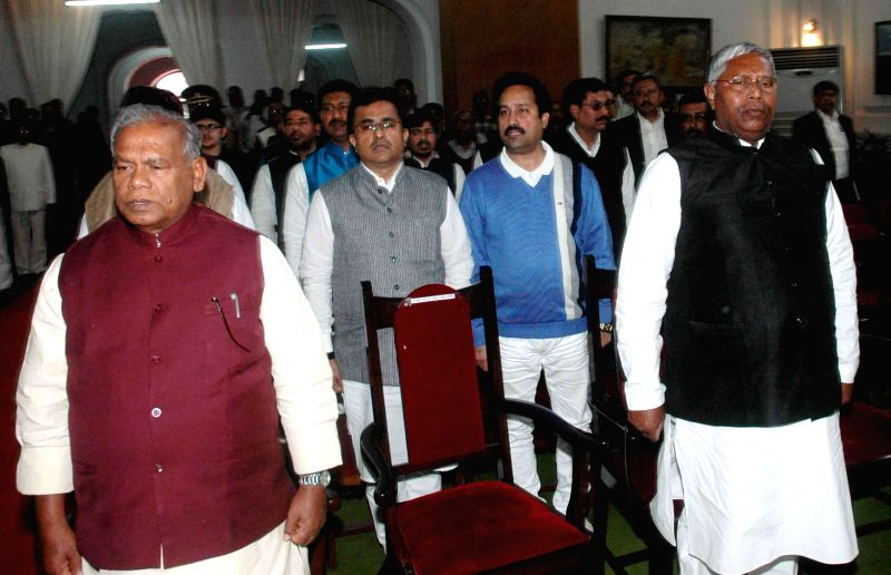 Bihar Chief Minister Jitan Ram Majhi and Bihar Assembly Speaker Uday Narayan Chaudhary during a programme organised at Raj Bhawan in Patna, on Feb 9, 2015. - Jitan Ram Majhi and Uday Narayan Chaudhary