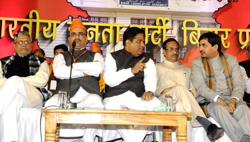 BJP leaders including party chief Mangal Pandey, Syed Shahnawaz Hussain and Sushil Kumar Modi during a party meeting in Patna, on Jan 6, 2015. - Mangal Pandey and Sushil Kumar Modi