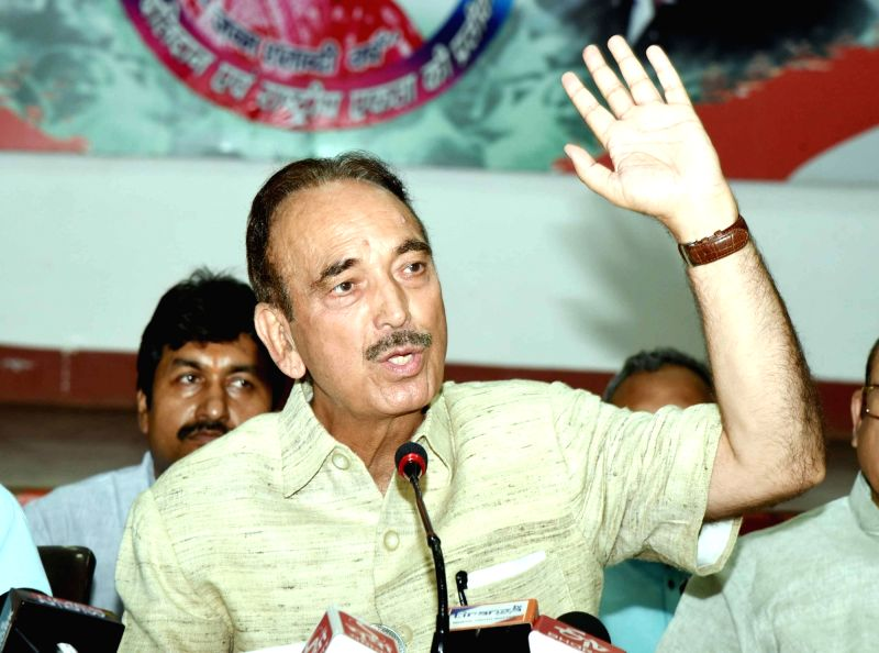 Patna: Congress leader Ghulam Nabi Azad addresses a press conference in Patna, on May 15, 2019. (Photo: IANS)