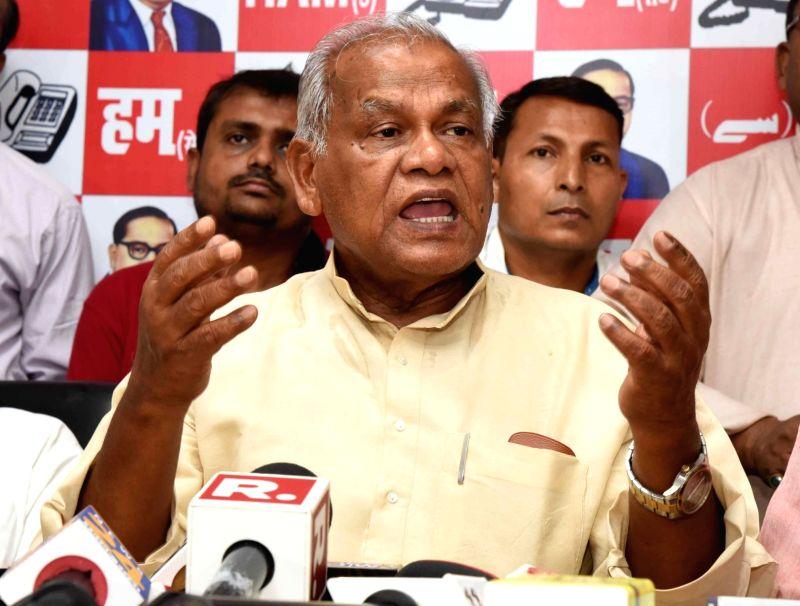 Patna: HAM-S chief Jitan Ram Manjhi addresses a press conference in Patna, on May 25, 2019.