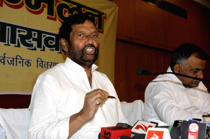 LJP chief and Union Minister for Consumer Affairs, Food and Public Distribution Ramvilas Paswan addresses a press conference in Patna on March 21, 2015.