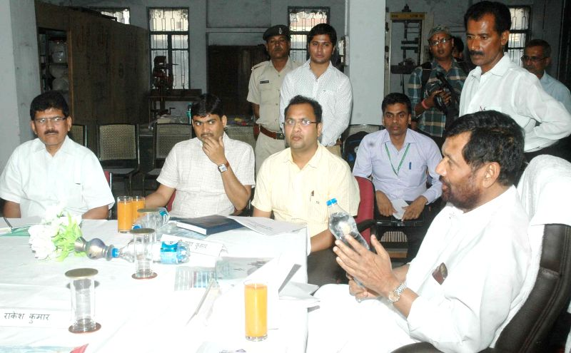 LJP chief and Union Minister for Consumer Affairs, Food and Public Distribution Ramvilas Paswan during his visit to the Bureau of Indian Standards (BIS) in Patna, on May 3, 2015.
